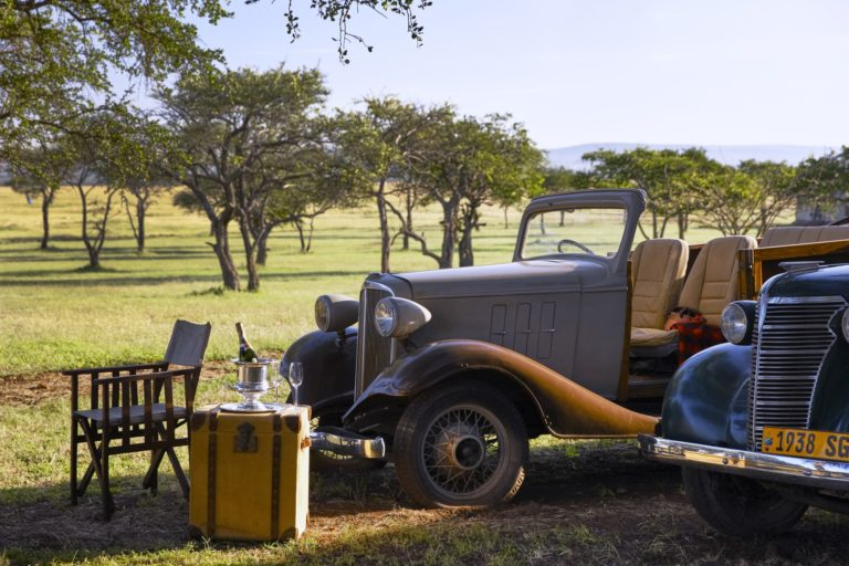 Singita-Sabora-Lodge-Vintage-Cars-Set-Up resized