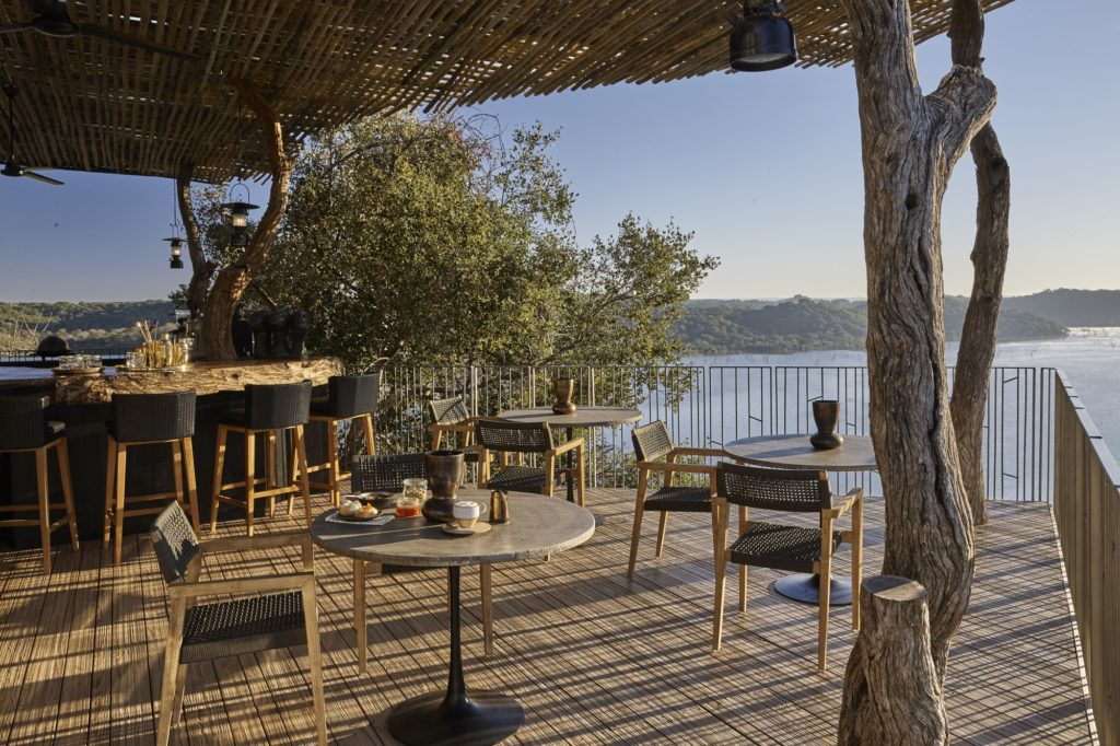 Singita-Pamushana-Lodge-Deck-and-Bar_resized